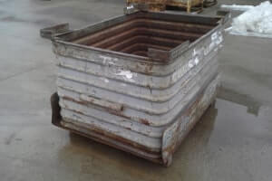 Used Metal Container-48X35X31 (Drop Bottom)